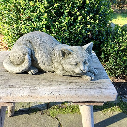 Antikas | Steinfigur Katze schlafend | Gestreckt | Steinguss | Naturfarben | Dekoration für Garten...